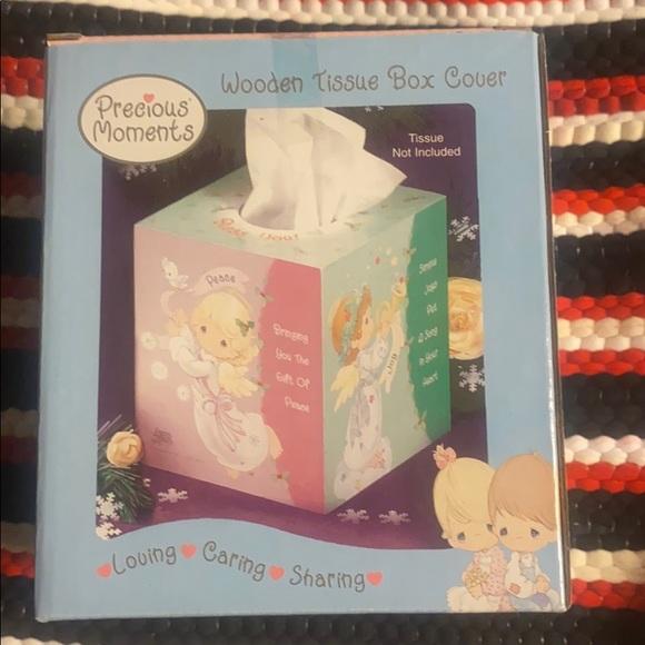 💥3-4-15$ NIB Precious Moments tissue cover💕
